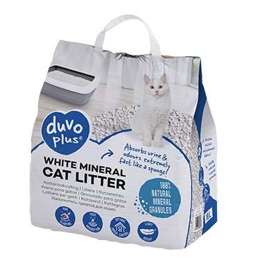 White mineral cat litter  10L
